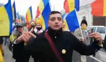 """VIDEO Legea în România nu e pentru toți, nici pentru AUR. Jandarmeria îl protejează pe George Simion, cel care a organizat un marș fără """"botniță"""" de Ziua Națională, la Alba Iulia"""