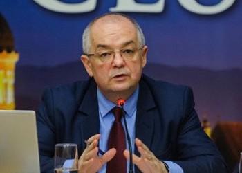 """Emil Boc: """"Spre deosebire de CCR, Tribunalul Constituţional din Germania nu se amestecă în politică"""""""