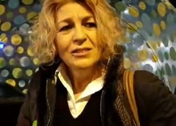 """Un jurnalist aflat la Bruxelles a prins-o pe Carmen Avram cu o hoție: """"Ea probabil nu va fi prezentă, n-a lucrat la asta, nu face parte din respectivul comitet parlamentar"""""""