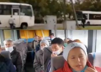 TURISM ELECTORAL ÎN R. MOLDOVA. Alegători aduși cu 4 autocare să voteze la Varnița. Veteranii au blocat drumul spre secția de votare. Dodon face pe niznaiul