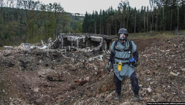 Scandalul diplomaților ruși-spioni ia amploare în Cehia care acuză Rusia de implicare în explozia de la un depozit de armament. NATO condamnă ferm acțiunile destabilizatoare ale Moscovei
