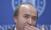 """Toader, luat în vizor de absolvenții Universității """"Alexandru Ioan Cuza"""". I se cere DEMISIA din funcția de rector"""