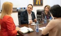 """EXCLUSIV Omul lui Firea de la șefia Administrației Spitalelor îi sfidează pe Nicușor Dan și Vlad Voiculescu. L-a pus adjunct pe directorul de investiții din vremea mega-tunului de la Spitalul de copii """"Dr. Victor Gomoiu"""""""