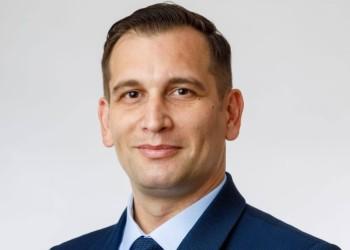 """Portret de candidat. Sebastian Cernic, candidat USRPLUS pentru Senat, Bacău: """"Sunt un cetățean implicat, dar îngrijorat de ceea ce se întâmplă în România"""""""