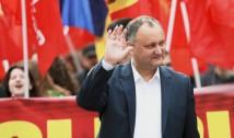 Bravo! Veteranii războiului de pe Nistru și simplii locuitori din Varnița se opun ca transnistrenii să voteze în secțiile ce urmează să fie deschise în localitate. Cum fraudează Dodon alegerile