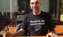 Un avocat dezvăluie adevărata față a ONG-istului impostor Ciprian Necula: A tăiat BURSELE studenților romi și îi obligă să muncească la Aresel, afacerea lui de familie, în schimbul banilor care le aparțin de drept. Este un sifon și o unealtă a Poliției care îi umilește pe romii săraci
