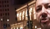 """VIDEO Deputatul """"Mitralieră"""", """"mitraliat"""" de un protestatar pentru tupeul fără limite de a-l considera pe Dragnea deținut politic"""