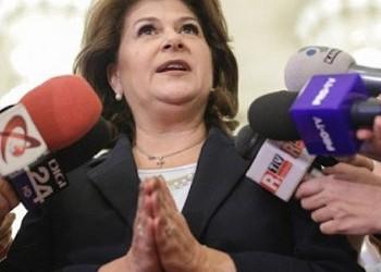 """Demență de proporții în ospiciul Sputnik.md: cine nu o pupă în dos pe Rovana Plumb ar fi """"trădător de țară""""!"""