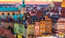 Primele arestări în rândul activiștilor care au pus simboluri gay și anarhiste pe statuile din Varșovia