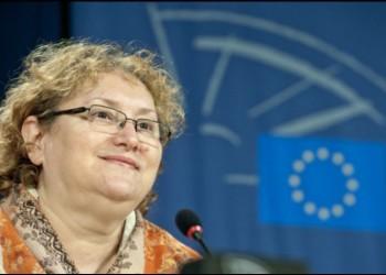 Renate Weber râde coaliției de guvernare în nas și lansează un atac dur la adresa premierul Cîțu, pe fondul temerilor generate de vaccinarea cu AstraZeneca