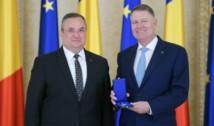 """Klaus Iohannis a decis: PNL îl va propune pe Nicolae Ciucă premier într-un guvern fără USR.  Cristian Tudor Popescu: """"Iohannis nu a avut în cap decât controlul partidului și al guvernului de către el. De asta i-a îndepărtat pe Orban, USR și, în final, și pe Cîțu. Câți oameni au murit pentru asta nu a contat"""""""