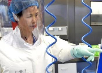 SUA și Marea Britanie lansează noi acuzații grave la adresa Chinei care ascunde adevărata origine a pandemiei de COVID-19. Savanții de la Wuhan lucrau la un experiment secret și au început să prezinte simptome asemănătoare COVID-19 înainte de izbucnirea primului focar oficial