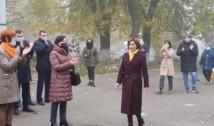 """VIDEO Maia Sandu a fost întâmpinată cu aplauze la secția de votare. S-a strigat """"Victorie!"""" și """"Trăiască Președintele!"""". """"Puterea este în mâinile voastre"""", a răspuns învingătoarea din turul întâi"""