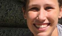 """Doctoriță de 28 de ani, ucisă de COVID-19. """"A fost nevoită să poarte aceeași mască sanitară săptămâni la rând, dacă nu chiar luni"""""""