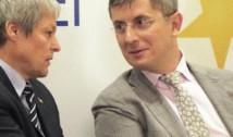 Pericolul distructiv al orgoliilor. USR pretinde că are de două ori mai mulți alegători decât PLUS. Formațiunea lui Cioloș le râde în nas albaștrilor: fără noi nu treceați de 10%