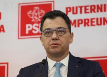 VIDEO Tupeu de pesedist: confruntat de un protestatar, senatorul Oprea laudă PSD pentru o reușită în privința confiscării averilor ilicite, deși adoptarea proiectului de lege a fost blocată sistematic chiar de pesediști