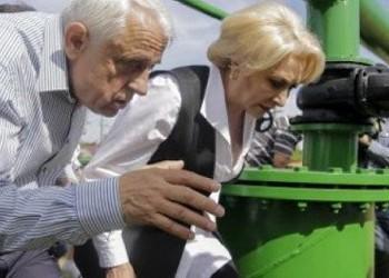 """Aventurile ministrului Daea în direct la TVR. Falsificatorul recoltelor record la hectar a sunat """"un om"""" care a confirmat că programul """"Alege Oaia"""" merge strună"""